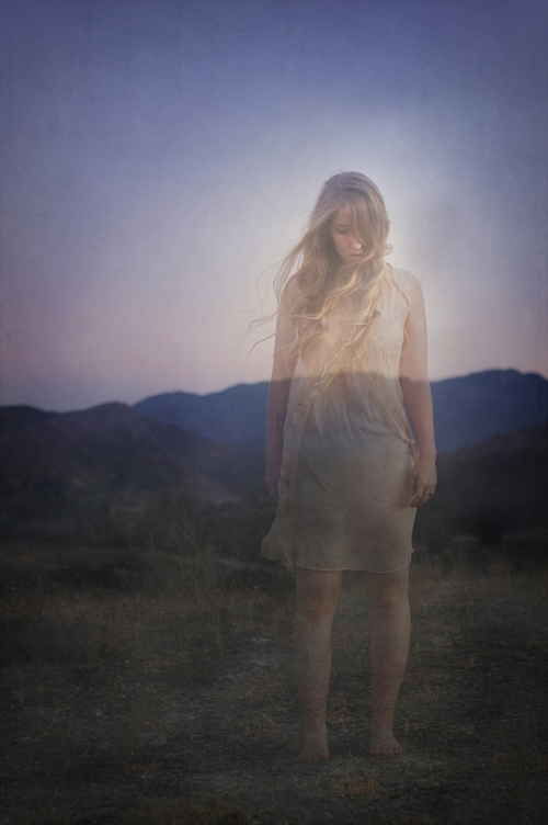 A Fading Girl © Sarah Allegra, model: Brooke Shaden